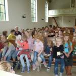 De kinderen in de kerk